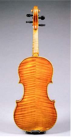 """Скрипка """"Ornati"""", подготовленная к игре"""
